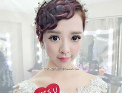 新娘造型分享梦幻珍珠配饰优雅新郎妆