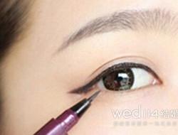 做个迷人新娘 韩式新娘眼妆怎么画