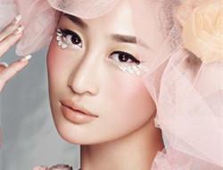 粉红玫瑰系妆容推荐 粉色控新娘妆