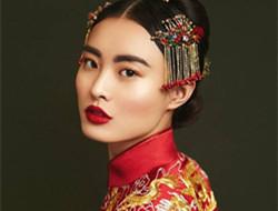 中式新娘妆惊艳上线 传统之美