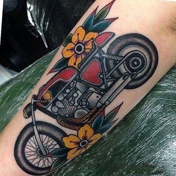 摩托车纹身 机车爱好者的9款机车纹身图片