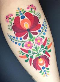 创意的一组手臂彩色插画纹身作品