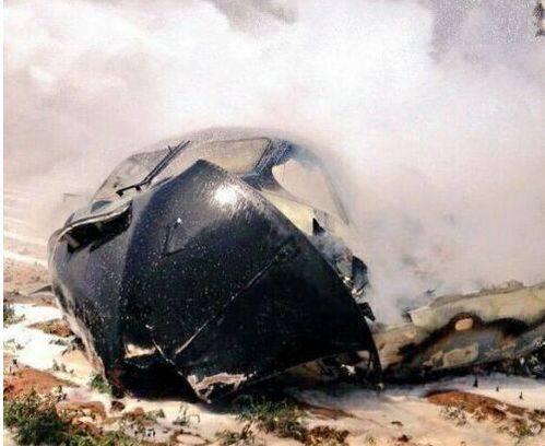西班牙一飞机撞入可口可乐工厂 已致4死2伤