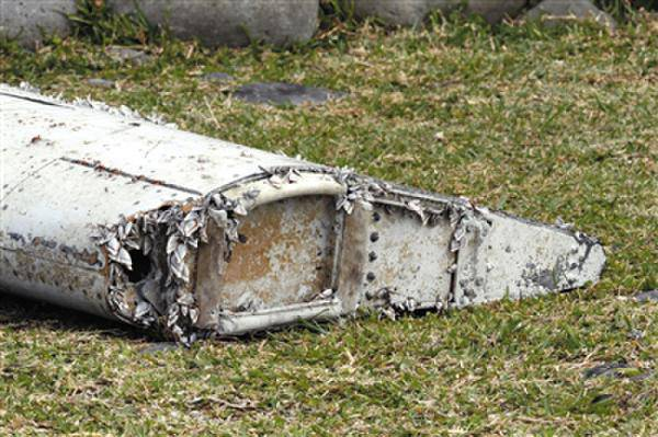 马来西亚官方几乎确定残骸来自MH370
