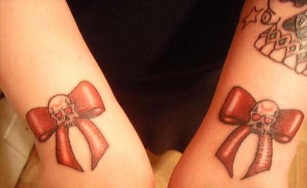 蕾丝蝴蝶结纹身   少女心满满的蕾丝蝴蝶结纹身图案