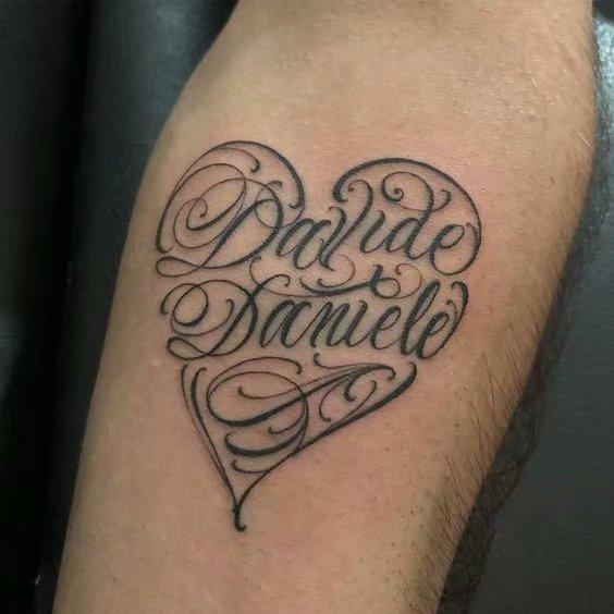 花体字纹身--一组男性漂亮的花体字纹身图案