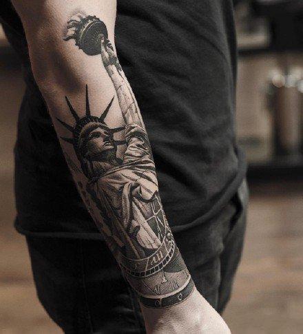 手臂纹身图案-国外大神手臂纹身作品图片