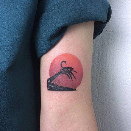 彩色的一组oldschool风格的纹身图案欣赏