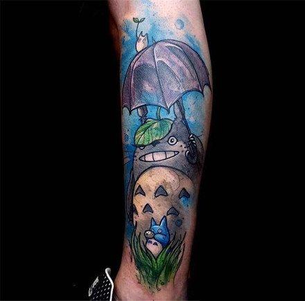 重彩色的一组卡通小腿纹身图案9张