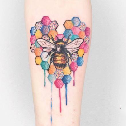 适合小腿和小臂的一组小清新水彩纹身作品