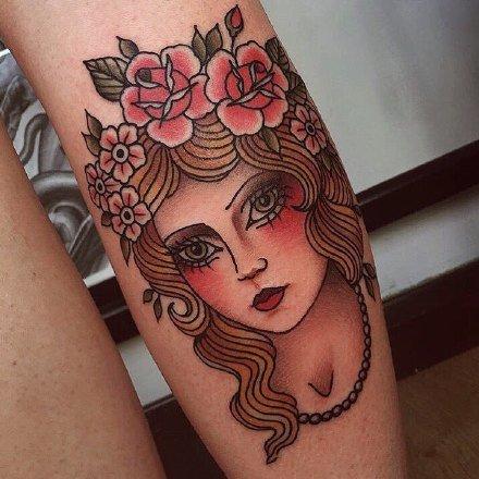 18张old school风格的摩登女郎纹身图案