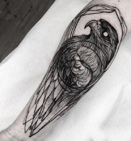 点刺作品:16张优秀的黑灰点刺纹身作品图案