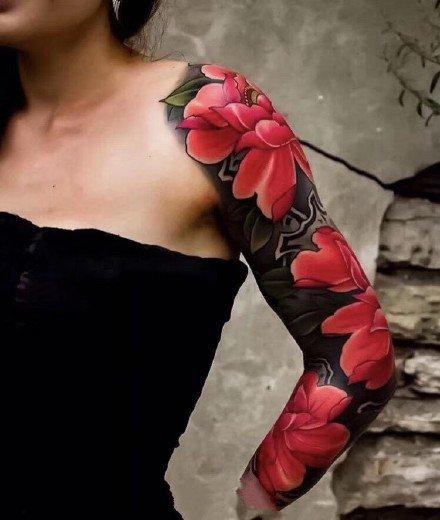 花臂女神:传统的一组女性大花臂纹身图案9张