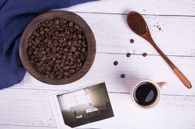 现磨咖啡和咖啡豆图片(9张)