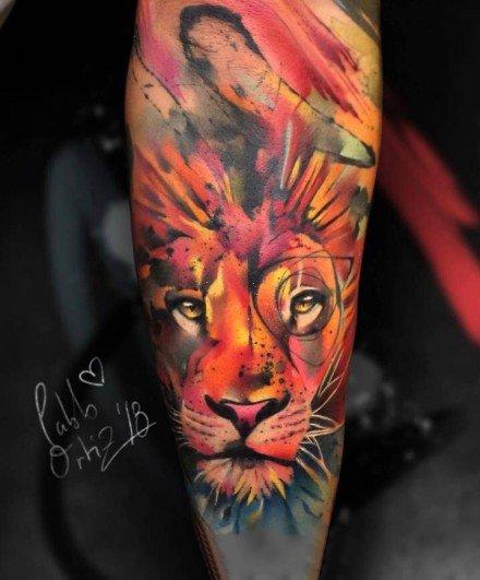 水彩色动物主题的彩色纹身图案