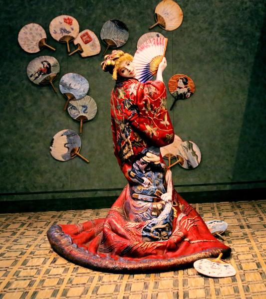 穿着和服的年轻日本女孩图片(10张)