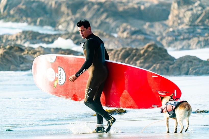 海上冲浪运动图片(13张)