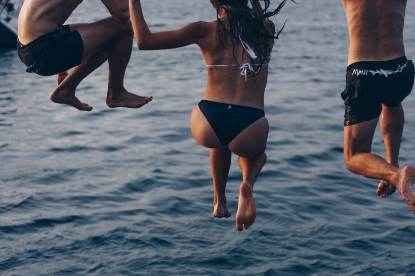 跳水的人图片(10张)