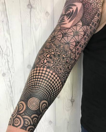 大面积的包臂等9款几何点刺梵花图腾纹身图案