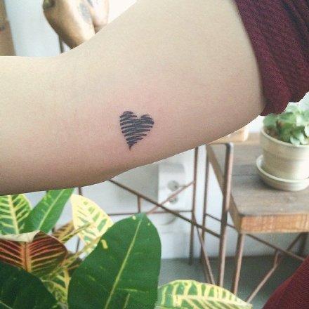一组mini款的精致小清新纹身
