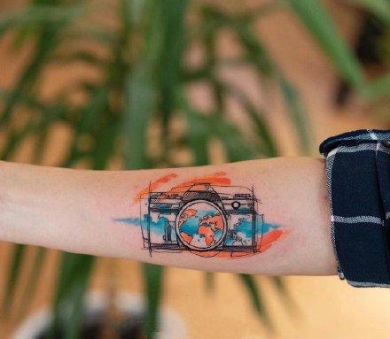 一组好看又酷的水彩纹身图案