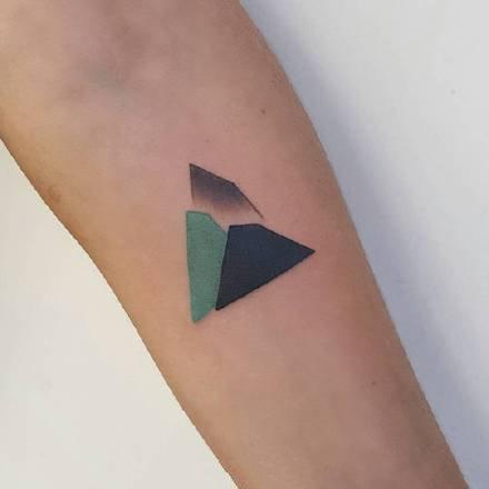 一组小清新简单手臂纹身图案