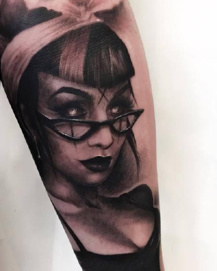 一组酷酷的欧美黑灰纹身图案