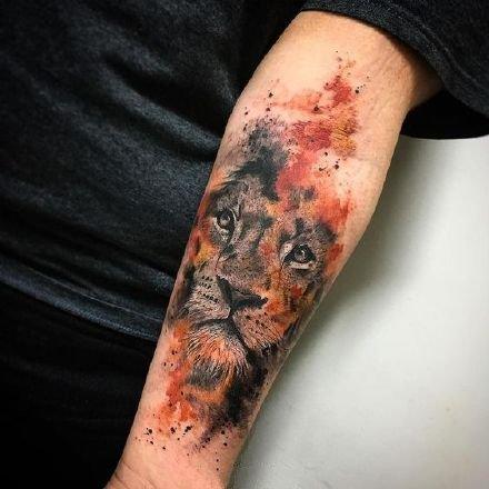适合狮子座气质的狮子纹身