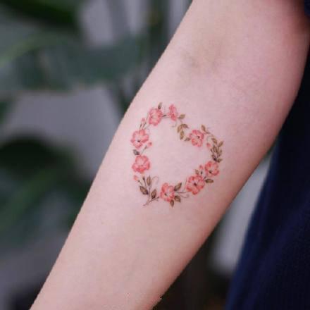 一组小清新手臂纹身图案欣赏