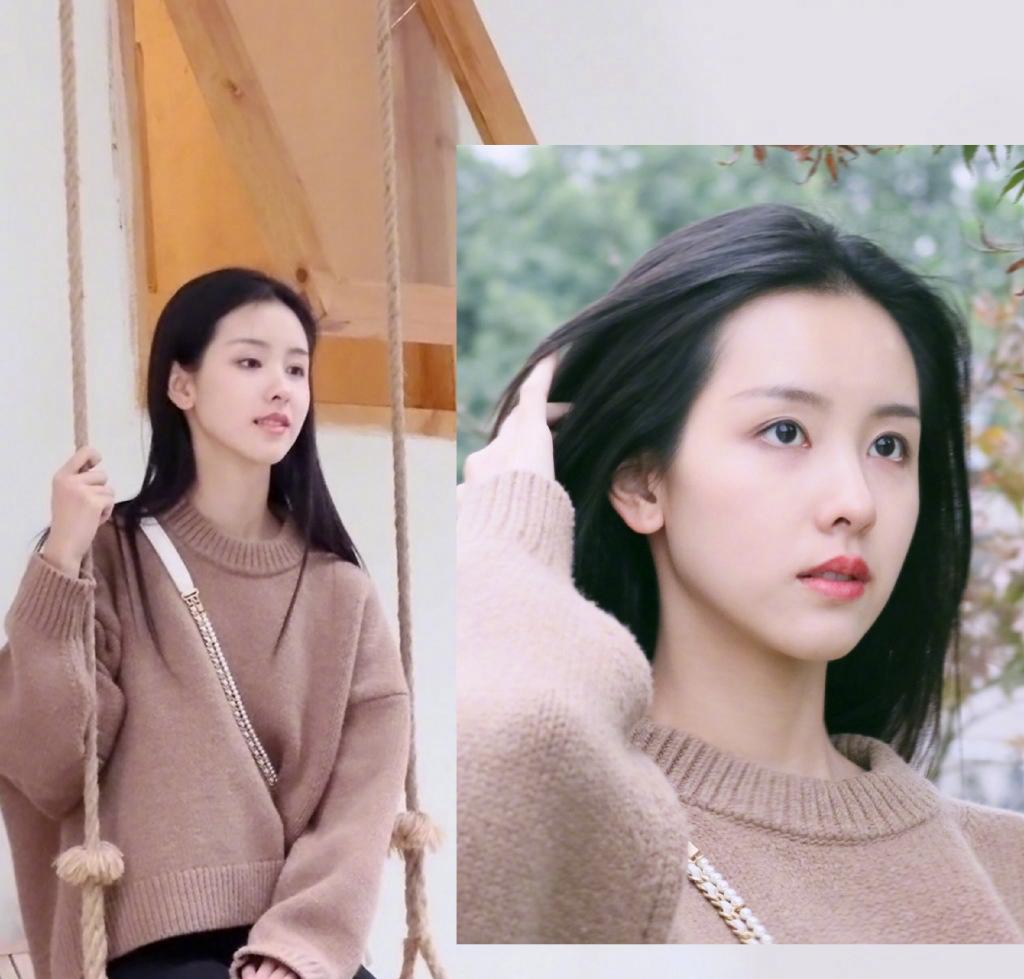 陈都灵秋季甜美写真图片