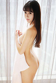 90后少女赵小米Kitty超大胆人体艺术写真