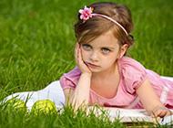欧美小女孩的天真容颜唯美图片