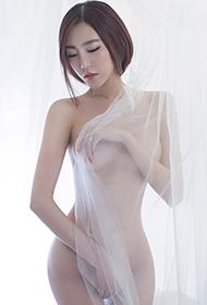 性感尤物郭婉祈大胆人体艺术图片