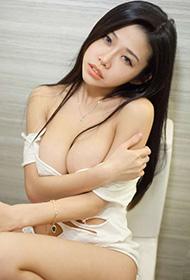 网络红人李凯诗人体艺术摄影图片