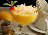 椰奶西米芒果糖水味道香浓诱人