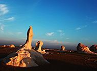 埃及黑白沙漠戈壁风景壁纸