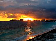 水色秀丽的黄昏海景精美壁纸