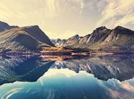 高清唯美的湖泊风景图片