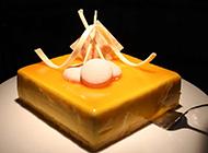 美味的慕斯蛋糕唯美图片