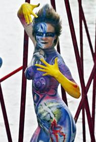 国外人体彩绘艺术节现场精彩图片