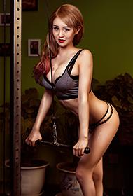 健身美女健身房性感内衣写真