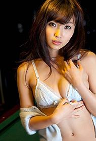 日本美模吉木梨纱性感写真