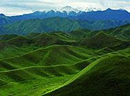 新疆天山山脉高清桌面壁纸