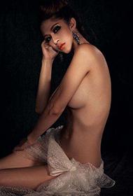 嫩模最大胆人体艺术摄影图欣赏