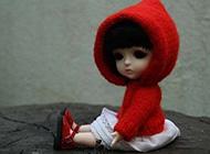 拥有美丽容颜的芭比娃娃图片