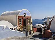 景色十分美丽的希腊圣托里尼岛图片