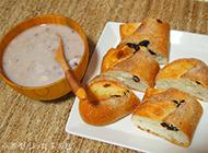 营养减脂早餐水果麦片搭配提子面包