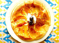 制作简单的美味反转苹果派