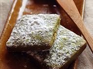 酥松绵软的抹茶雪吻杏仁饼
