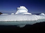极地蓝色冰山唯美图片
